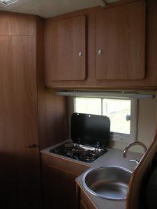 int. cucina porta bagno